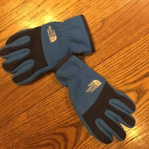 Boys The North Face gloves